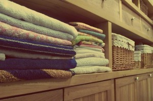 Tess Whitehurst-10 Benefits to Clutter Clearing